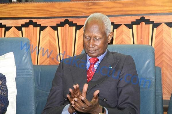 6b8bf152c Témoignage de Didier Awadi sur Abdou Diouf   « Votre geste à l endroit de  Me Wade ...